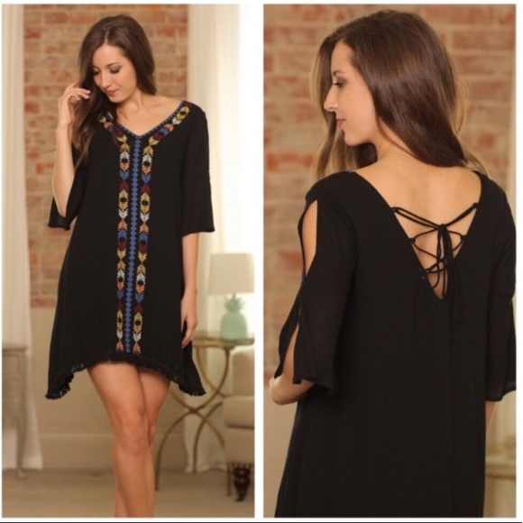 Infinity Raine Dresses & Skirts - Infinity Raine Black Boho Open Shoulder Dress SZ S
